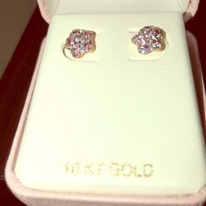 10k yellow gold Tiffany earrings total weight 1/32